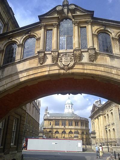 Bridge_of_sighs_oxford_towards_catte_street