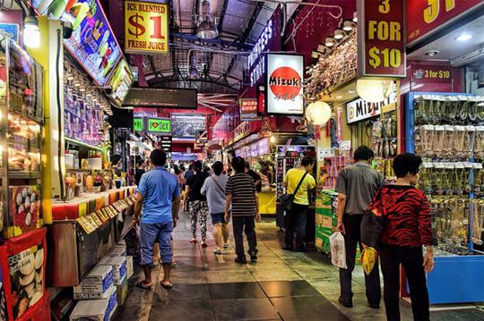 Entering the Singaporean Market: 7 Steps to Take Now