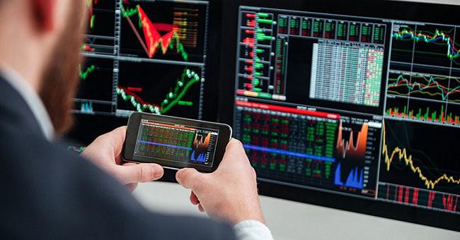 3 Distinct Characteristics of An Online Trader