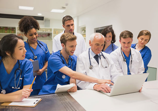 Medical Students Struggling To Be Placed In Residency Programs In The United States, But Residents Medical Providing Assistance